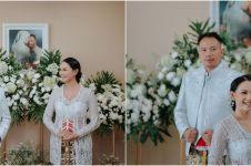 Pernikahan semakin dekat, Vicky Prasetyo & Kalina sebar undangan