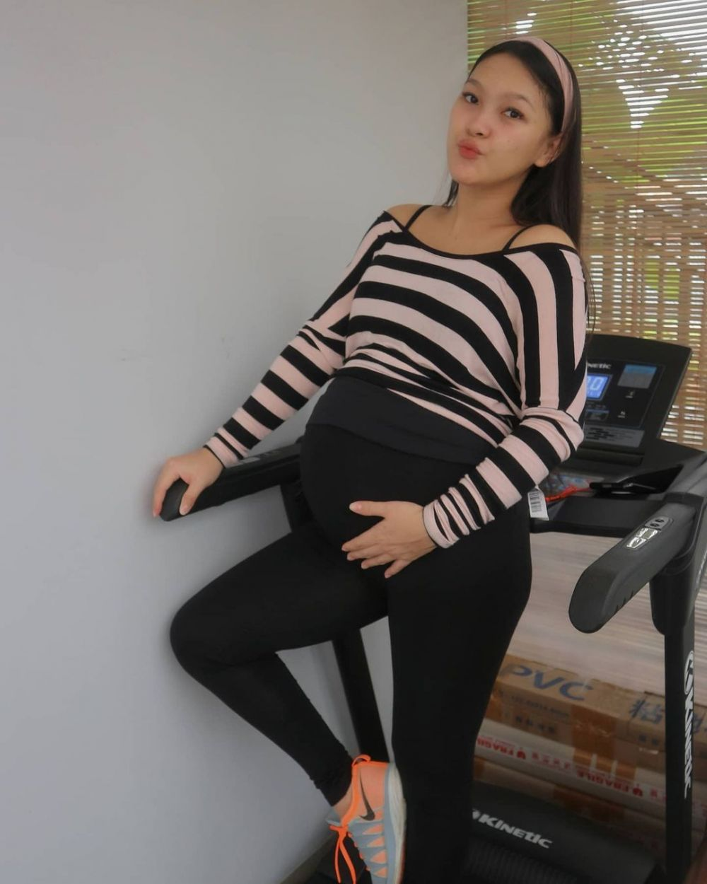 Momen Ana Riana jelang melahirkan © Instagram