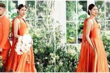 Rayakan anniversary pernikahan, ini 7 gaya pemotretan Bunga Jelitha