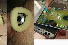 10 Momen lucu gunakan barang elektronik yang rusak, iritnya kebangetan