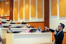 5 Tips agar kamu punya kemampuan public speaking yang mumpuni