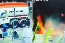 Viral aksi heroik petugas padamkan kobaran api di SPBU
