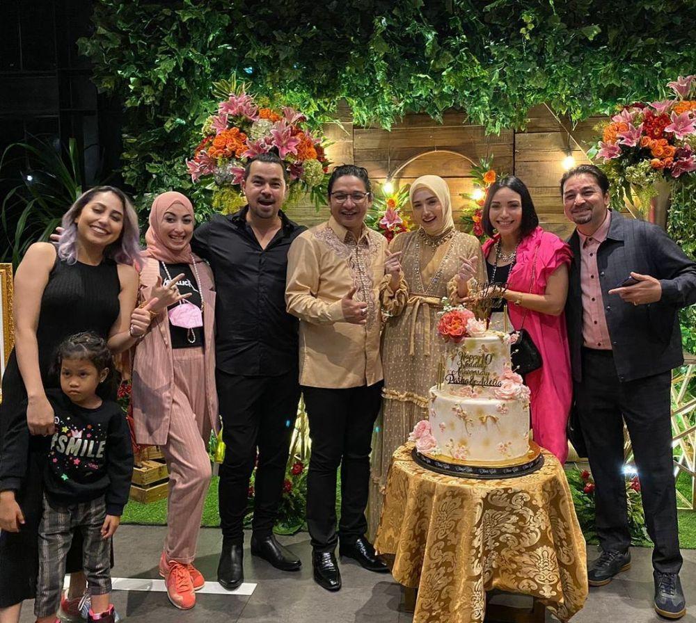 wedding anniv Pasha ke-10 © Instagram