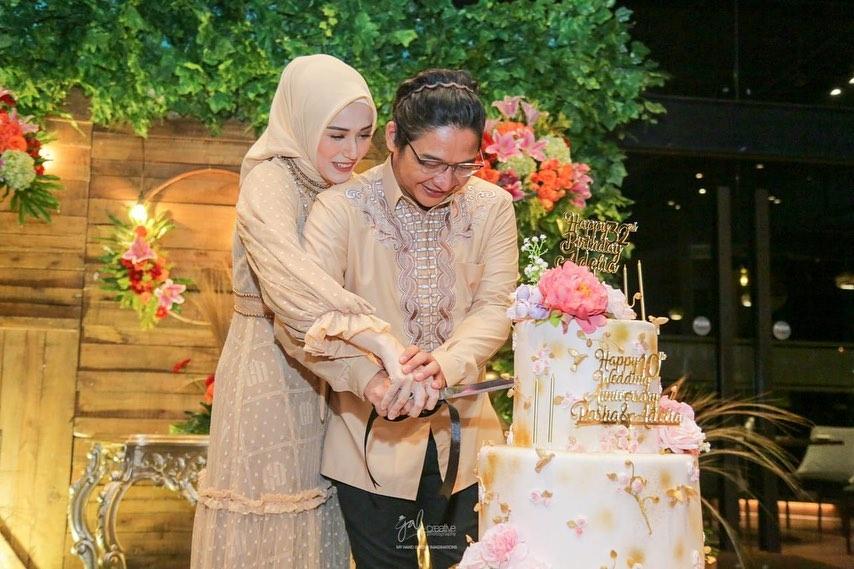 rayakan ultah pernikahan ke-10 © 2021 brilio.net