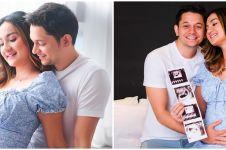6 Gaya maternity shoot Tengku Dewi dalam berbagai tema, simpel