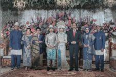 Pernikahan 4 seleb yang pernah dihadiri Jokowi, curi perhatian