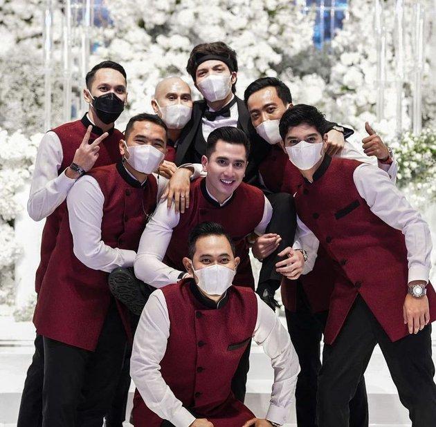 al jadi groomsmen di nikahan atta Instagram