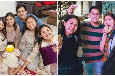 10 Potret kompak Anissa Aziza dan empat adik Raditya Dika, ipar goals