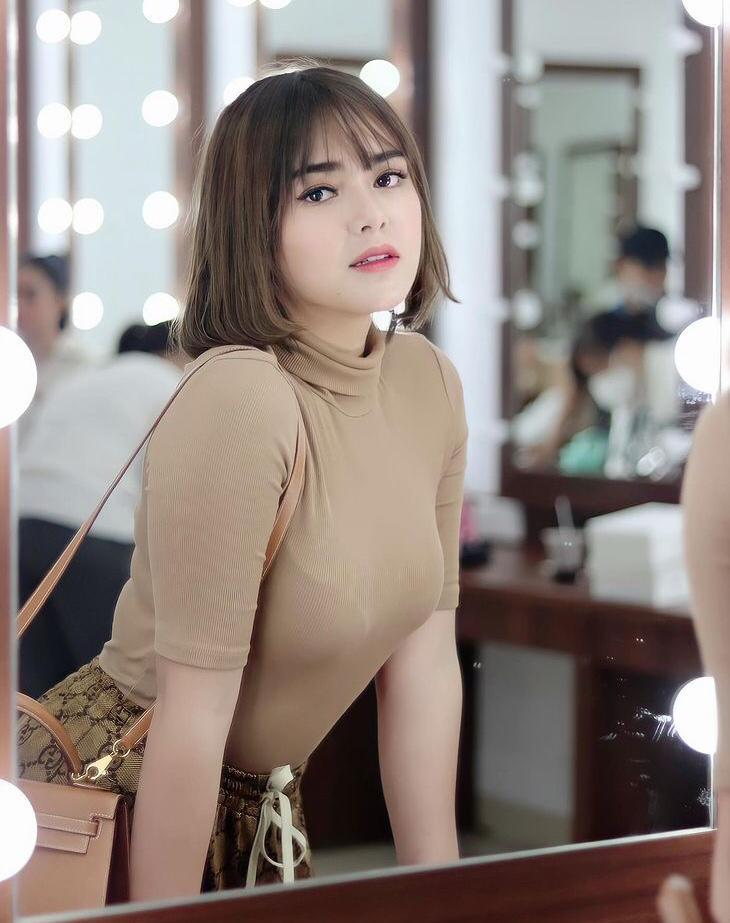 wanita yang pernah dekat dengan billy syahputra © 2021 brilio.net