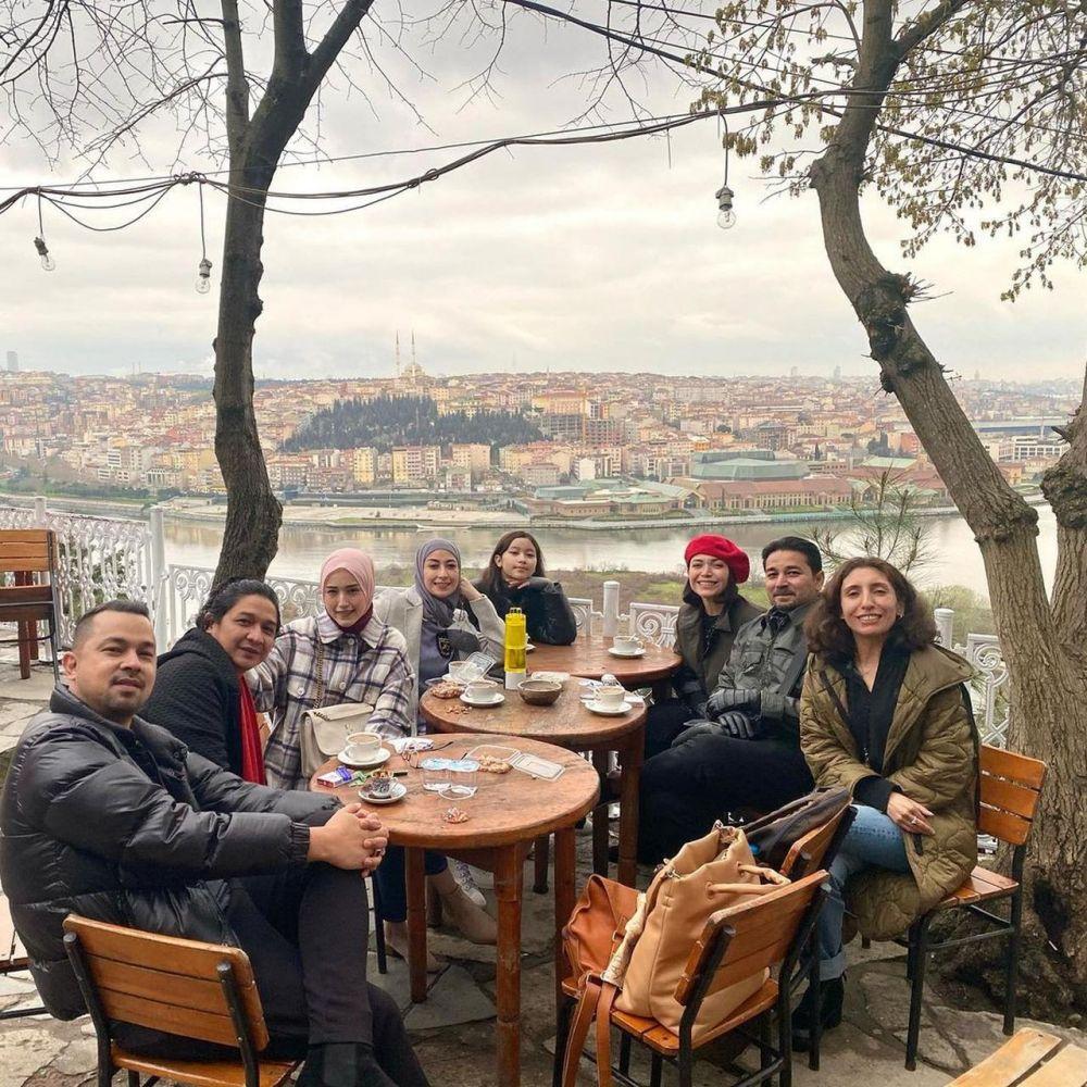 Liburan di turki pasha dan teman artis Instagram