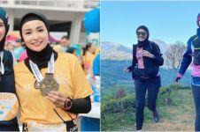 10 Potret persahabatan Soraya Larasati dan Zee Zee Shahab, kompak
