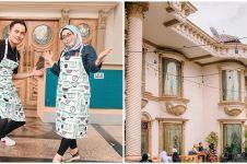 Dibikin di teras rumah, ini 10 detail potret restoran Muzdalifah