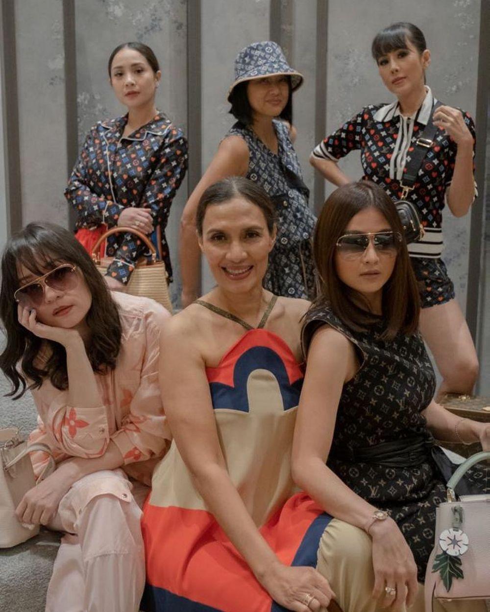 Nagita Slavina di acara brand fashion dunia © 2021 brilio.net