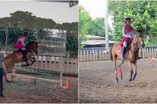 8 Momen seru Ria Ricis saat berkuda, sampai jatuh terjungkal