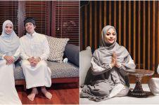 12 Momen Atta & Aurel Hermansyah tarawih pertama, bermaafan penuh haru