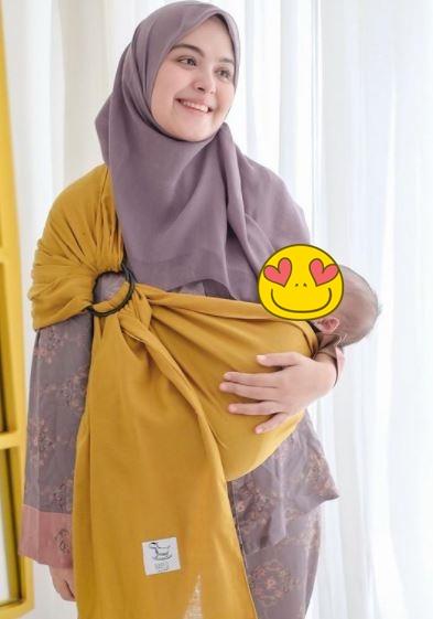 Seleb jalani puasa pertama sebagai ibu © berbagai sumber