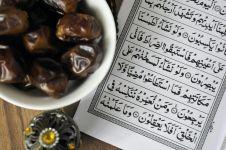 12 Keistimewaan bersedekah di bulan suci Ramadhan