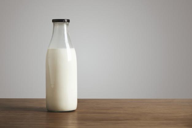 Susu dianggap paling baik untuk tulang © freepik.com