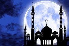 Tata cara sholat lailatul qadar dan niat lengkap beserta artinya
