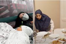 9 Momen Zaskia & Irwansyah sahur pertama bersama anak, sempat panik