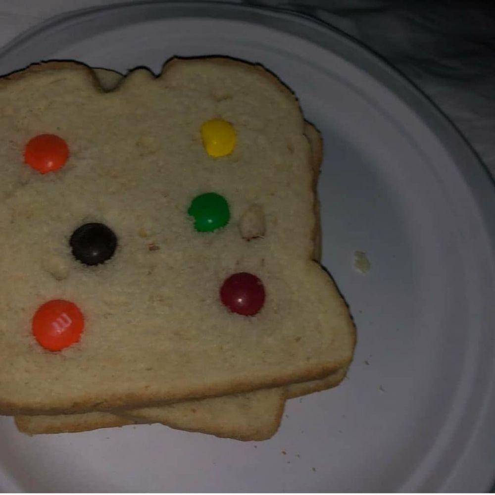 roti sandwich kocak © Instagram