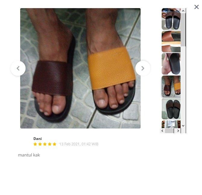 momen apes beli sepatu sandal © 2021 brilio.net