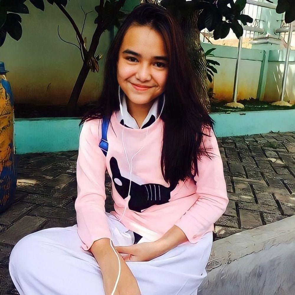 potret lawas pesinetron cantik saat sekolah © berbagai sumber