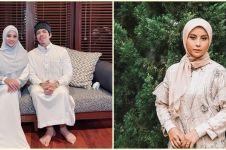 Berhijab saat Ramadan, ini gaya 8 seleb yang tampil kian menawan
