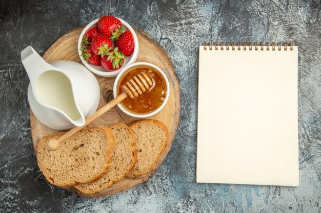 Manfaat madu untuk kesehatan © berbagai sumber