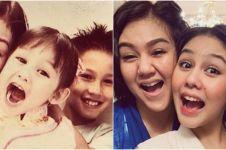 Gaya 10 seleb kakak adik reka ulang foto masa kecil, bikin nostalgia