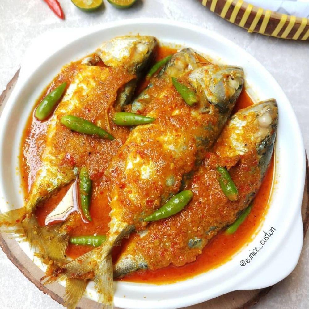 Resep buka puasa olahan tumis ikan pedas © Instagram