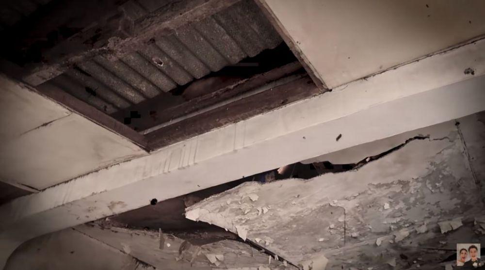 Baim Wong renovasi rumah © YouTube