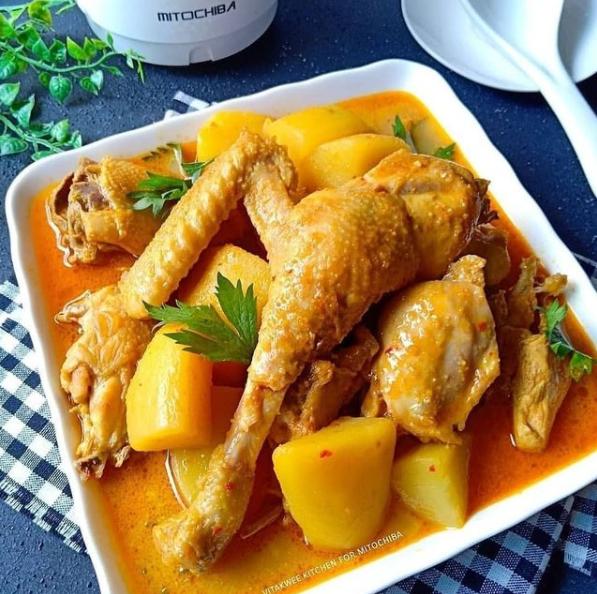 menu Lebaran berbahan ayam © 2021 brilio.net
