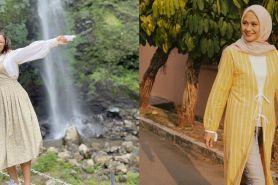 10 Potret Intan Gurnita, ibu Nadin Amizah yang gayanya bak ABG