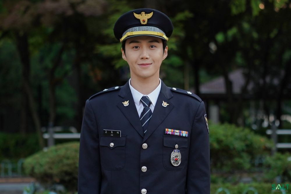 potret transformasi Kim Seon-ho dari berbagai sumber