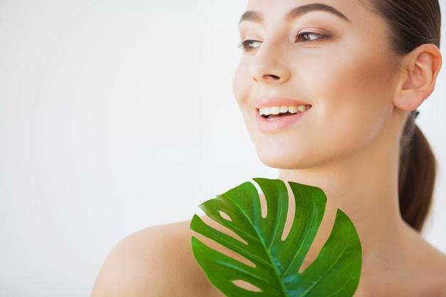 Manfaat daun mint untuk kecantikan © Stylecraze