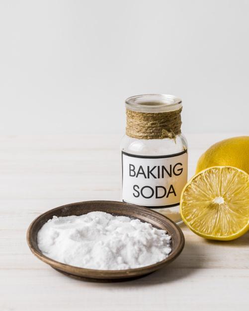 5 Bahan makanan yang bisa hilangkan bau di kulkas © freepik.com