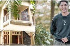 15 Momen Arya Saloka tunjukkan konsep rumah baru, ada rooftop-nya