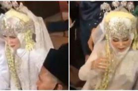 Momen apes pengantin pria tarik kepala pasangan, faktanya heboh