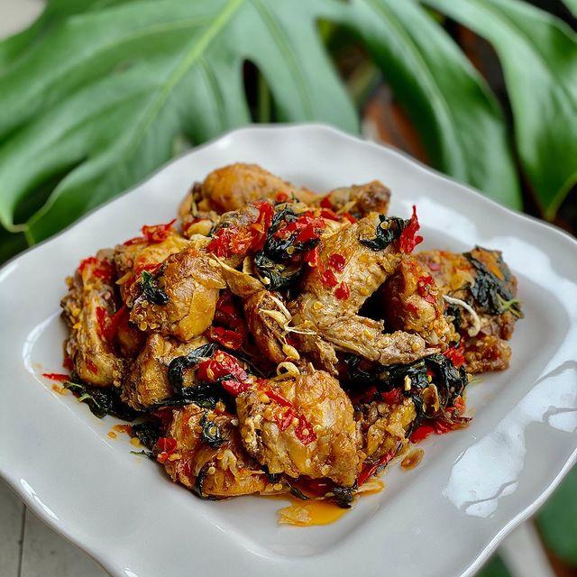 10 Resep ayam bumbu balado © berbagai sumber