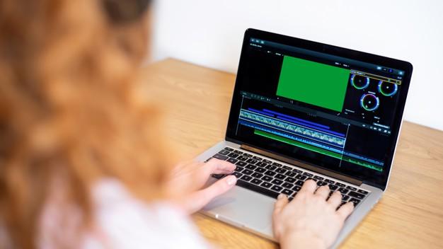 Tips memanfaatkan IGTV untuk berbisnis © freepik.com