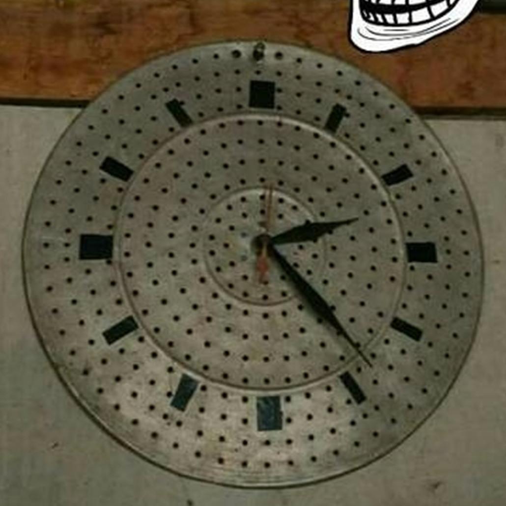 10 Ide kreatif bikin jam dinding ini kocak tapi unik
