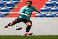 Viral Cristiano Ronaldo geser botol minuman soda, ini buntut aksinya