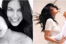 7 Gaya pemotretan Sophia Latjuba dan Eva Celia, simpan makna mendalam