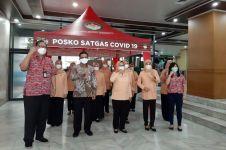 Teh Pucuk Harum serahkan ratusan tenda Satgas Covid-19 di Jakarta