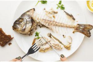 5 Bahan alami ini bantu hilangkan duri ikan di tenggorokan