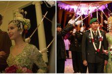Potret pernikahan 7 seleb dengan pedang pora, penuh kenangan