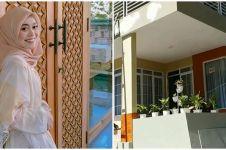 7 Potret isi dalam rumah Lesty Kejora di kampung halaman, nyaman