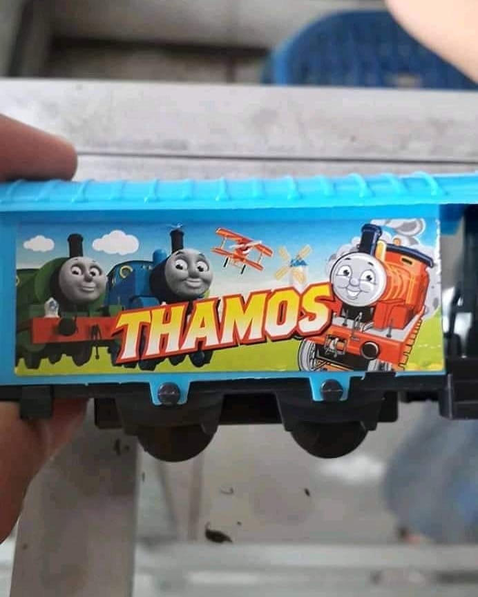 kesalahan di mainan anak absurd © 2021 1cak.com