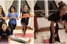 15 Momen pemain Ikatan Cinta saat yoga, lentur banget